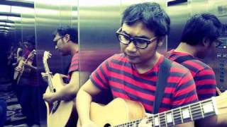 Video Adhitia Sofyan - Blue Sky Collapse (Elevator session) download MP3, 3GP, MP4, WEBM, AVI, FLV Juli 2018