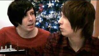 Danisnotonfire and AmazingPhil singing montage
