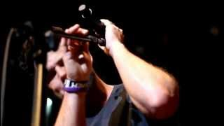 David Nail performing Someone Like You live at Mohegan Sun.