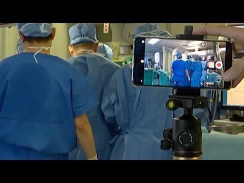 Chinese hospital broadcasts heart transplantation live