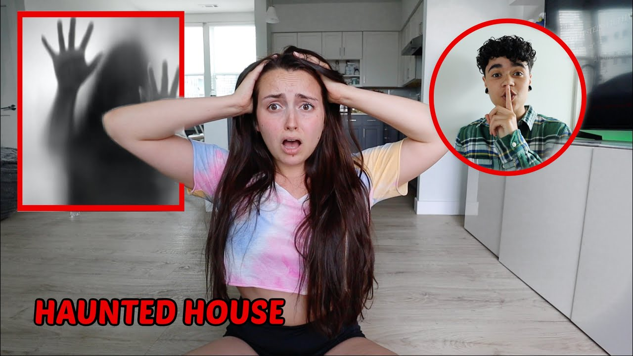 SCARING MY GIRLFRIEND IN OUR HAUNTED HOUSE!