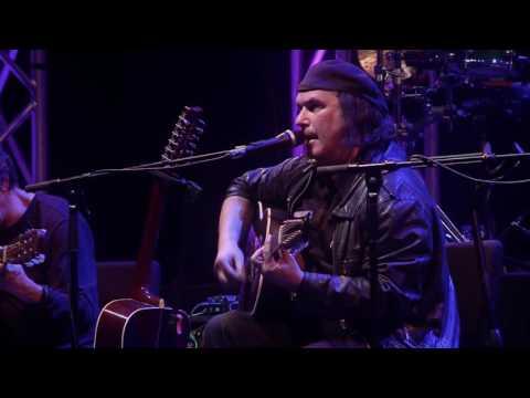Resistência - Cantiga de Amor (DVD Ao Vivo em Lisboa) (Official Video)