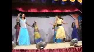 SHOBHA SAMRAT THEATER GROOP DANCE MOST POPULAR HINDI MOVIE DABANG SONG MUNNI BADNAM HUWI BY SONIA