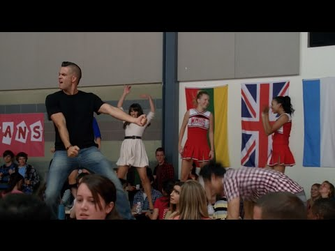 GLEE - We Got The Beat (Full Performance) HD