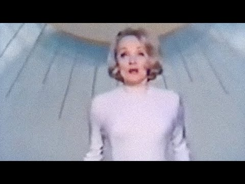 Marlene Dietrich on Broadway! Colour TV. Acceptance Speech. 1968.