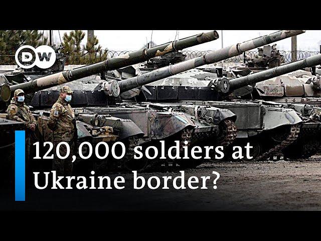 Russian troops build up near Ukraine border | DW News