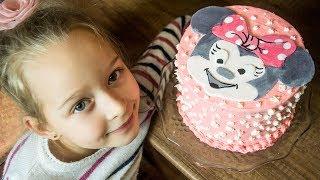 Как просто украсить детский торт