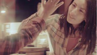 Los Peces Gordos No Pueden Volar - Ana Tijoux (Official Music Video)