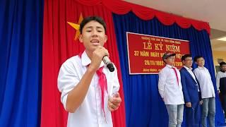 Học sinh lớp 9 hát Cô Thắm không về