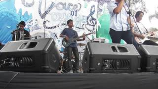 Phoenix - Entertaiment (Rusaliar Cover) Live at Voice of Voyage 2013 SMAN 2 Bandung