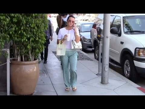 Kyle Richards Has Her Hands Full In Beverly Hills