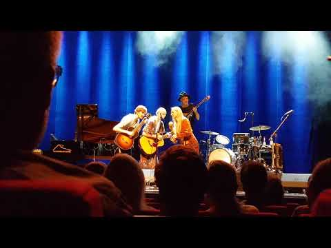 Tina Dico 14.11.18 Hannover Theater am Aegi