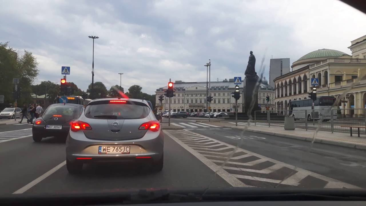 Driving through Warsaw - The Old Town & Downtown / City Centre
