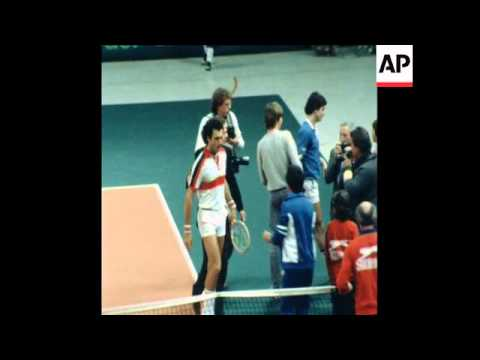 SYND 8 3 81WEST GERMANY VERSES ARGENTINA IN THE DAVIS CUP TENNIS TOURNAMENT, IN MUNICH