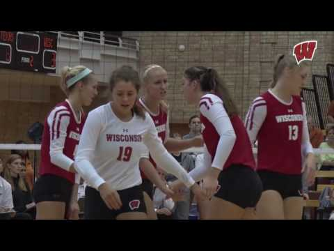 Wisconsin Volleyball downs #2 Texas in 5 sets