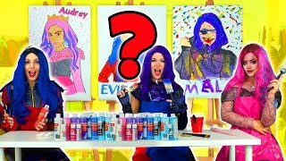 DESCENDANTS 3 PAINT EACH OTHER MAL VS EVIE VS AUDREY. Totally TV Videos for Teens