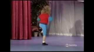 Stephanie Tanner - Bandz A Make Her Dance (Juicy J) Full Version