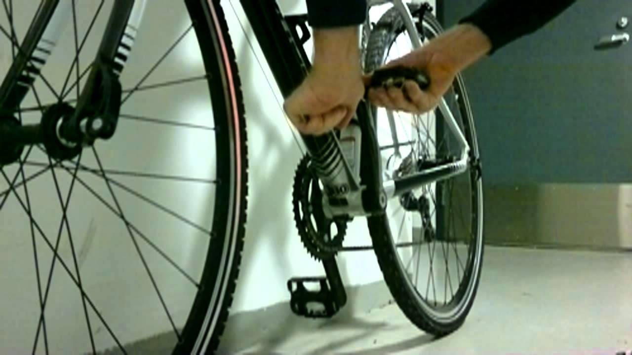 how to change pedals on bike