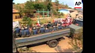 MEXICO:CHIAPAS: MEXICAN TROOPS PULL OUT OF VILLAGE