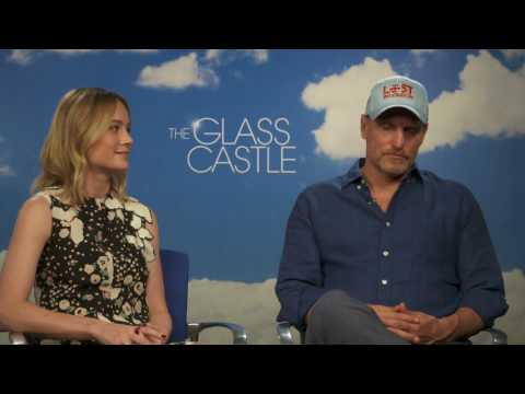 The Glass Castle: Woody Harrelson & Brie Larson Official Movie Interview