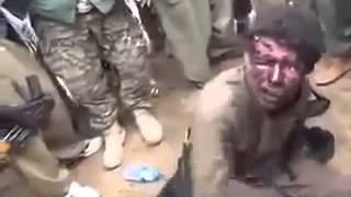 Сирия БОЕВИК ИГИЛ ЗАХВАЧЕННЫЙ В ПЛЕН!!!