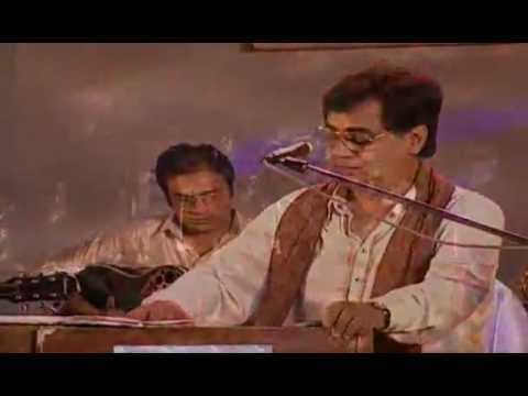 Yeh Daulat Bhi Le Lo-Jagjit Singh-Live concert