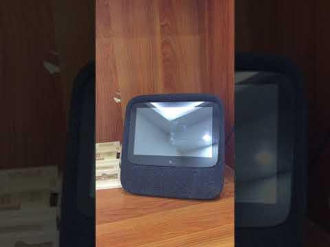 JAVIS speaker - Loa thông minh điều khiển bằng tiếng Việt có màn hình đầu tiên tại Việt Nam