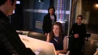 The flash 1x16 - Snowbarry scenes (Barry/Caitlin)