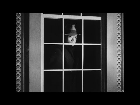 Secrets of Chinatown = The Black Robe (1935)