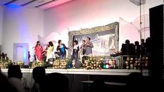"VINEETH SREENIVASAN  singing ""Appangal Embadum"" @ the Inauguration of AL SAJ CONVENTION CENTRE.mp4"