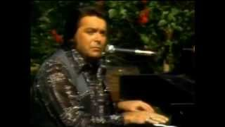 Watch Mickey Gilley Window Up Above video