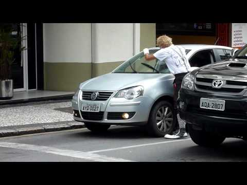 mime artist washes cars, curitiba