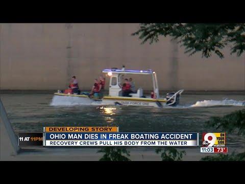 PD: Man killed in boat crash in Ohio River
