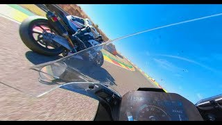 BMW S1000RR M & HP4 Race 360° Onboard in Motorland Aragon