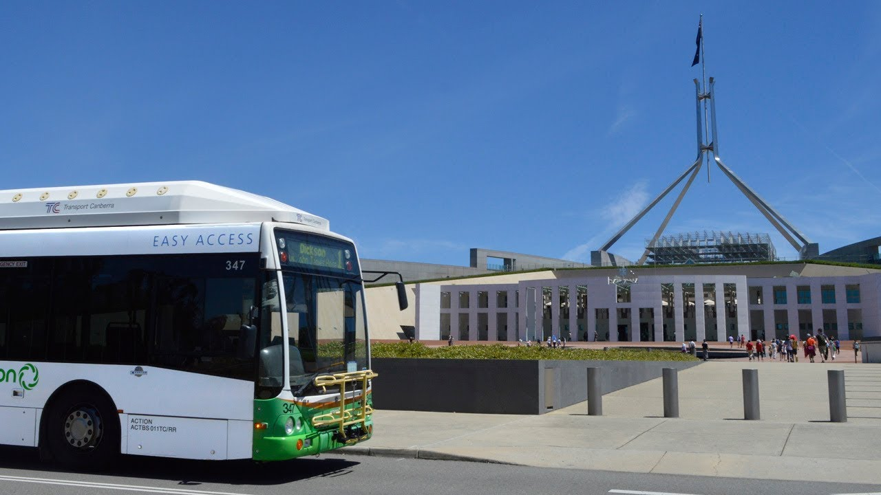 Buses at Australia's Parliament House - Canberra Transport