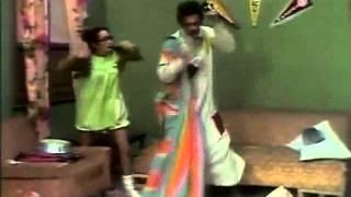 El Chavo del Ocho - Capítulo 145 Parte 1 - Huevos y Pelotas de Ping-Pong 1 - 1976
