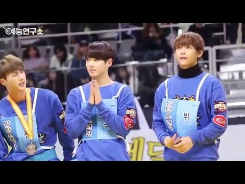 BTS won silver medal in wrestling at the 2016 ISAC (Medal Ceremony) - 방탄소년단 메달 시상식