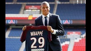 Kylian Mbappe ra mắt PSG