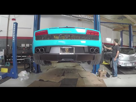 How To Do A PROPER Audi R8 Oil Change (All Seven Drain Points!)