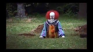 Фрагмент из фильма Оно - клоун роет могилы