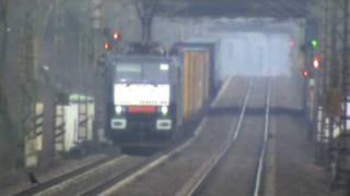 BR189 der Firma ERS mit Containerzug nach Süden bei Bonn Villich Müldorf