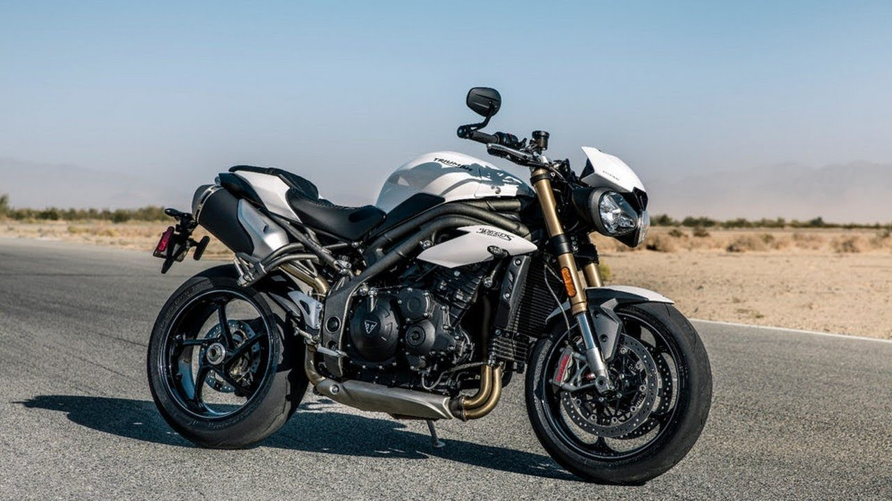 review new 2018 triumph speed triple s rs the greatest ever generation first look youtube. Black Bedroom Furniture Sets. Home Design Ideas