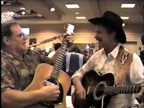 Randy Boone & Larry Verne singing - Autograph Show...