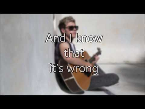 Niall Horan - This Town (Lyrics Video)