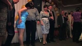 Конкурс на свадьбу - Передай колбаску