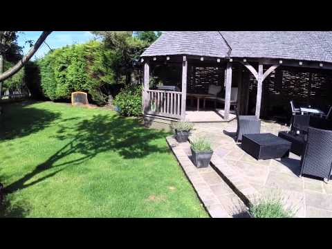 HOUSE FOR SALE - 55 Coxtie Green Road, Brentwood, Essex, England