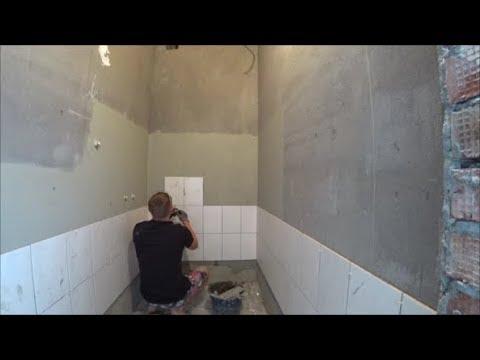 Укладка керамической плитки на стену без упора.Разделились с Лёхой.