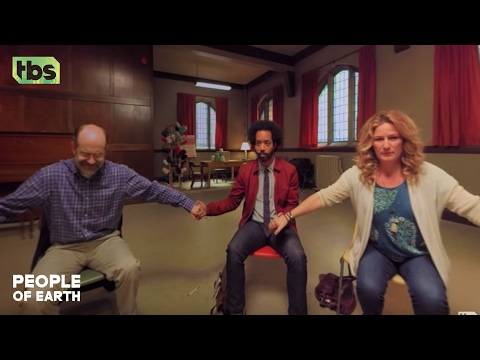 People Of Earth: Alien Abduction Support Group 360 Video [CLIP] | TBS