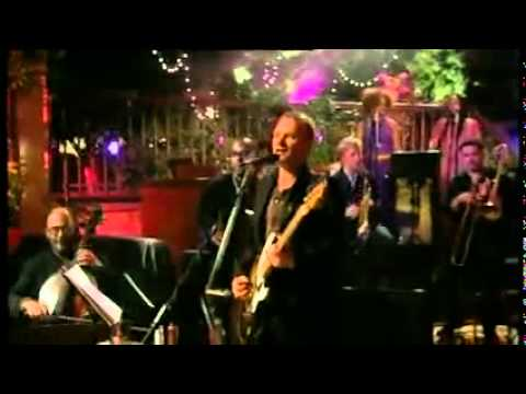 STING-ENGLISHMAN IN NEW YORK (LIVE IN ITALY 2001)