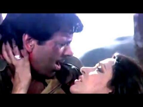 Dharmendra, Jeetendra, Jaan Hatheli Pe - Scene 21/21